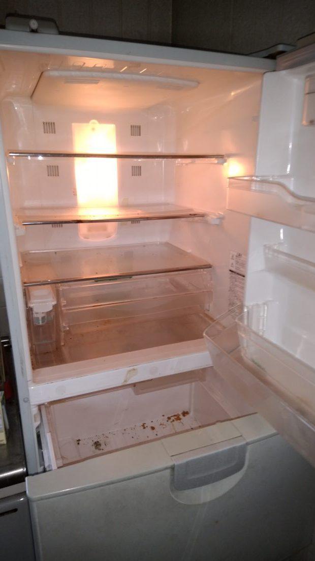 【善通寺市】冷蔵庫内の食品と周辺の簡易清掃