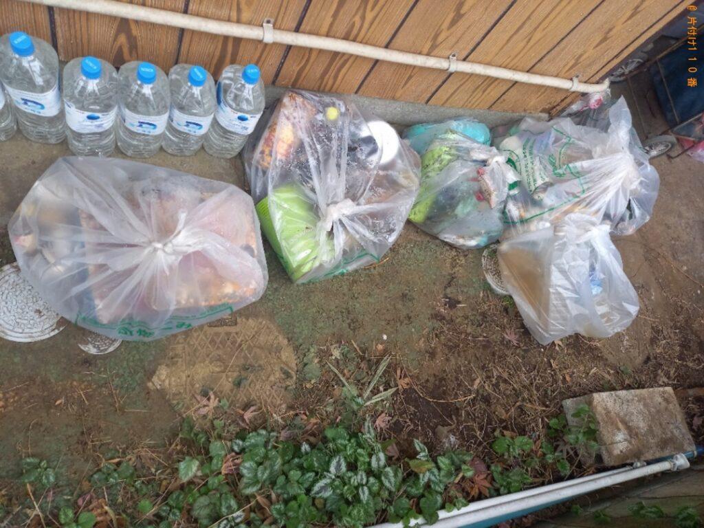 【丸亀市】網戸、物干しざお、ビール瓶のケース、一般ごみ等の回収